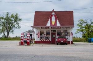 Marathon Gas Station, Commerce (Oklahoma)