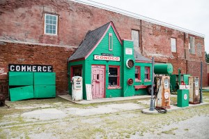 Old Conoco Station, Commerce (Oklahoma)