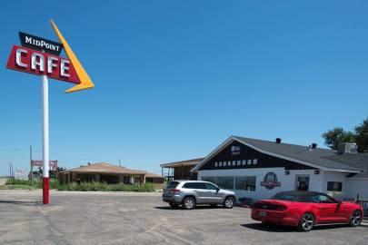 Midpoint Cafè, Adrian (Texas)